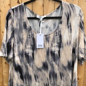 Rose + Olive plus size top